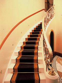 tapis_escalier_sur_mesure_suites_Burj_Al_Arab_Dubai_2_s